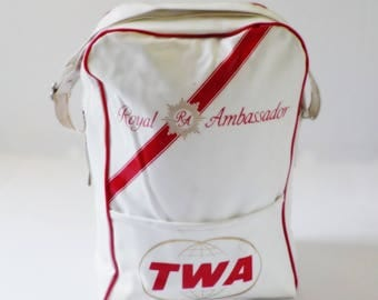 Vintage TWA Carry On Tote • TWA Royal Ambassador Bag • Shoulder Strap Vinyl White and Red Airline Bag