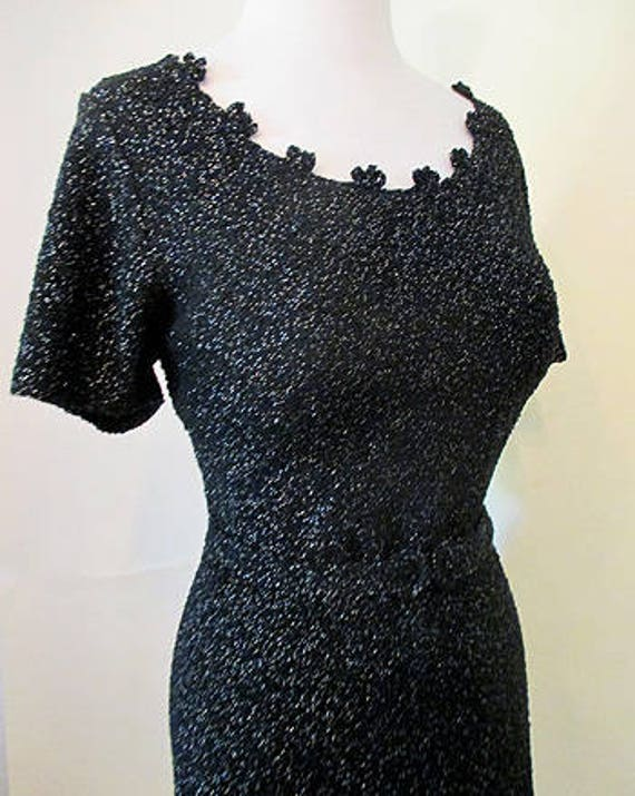 Sparkling 1950's Designer Black and Silver lamé Two Piece Knit Dress / matching belt rockabilly pinup  girl Vintage Chic Size Large/XLarge