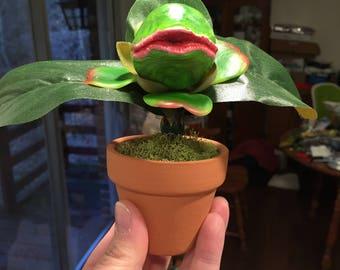 "Little Shop of Horrors – Audrey 2 Sculpture – Handmade CUSTOM ""Feed Me Seymour"" Venus Flytrap Plant Horror – FREE SHIPPING!"