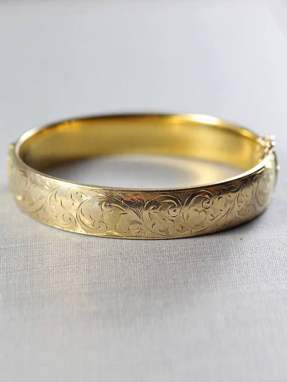 Vintage 9ct Gold Bangle, Swirl Engraved Bracelet with Clasp & Safety Chain - Flow