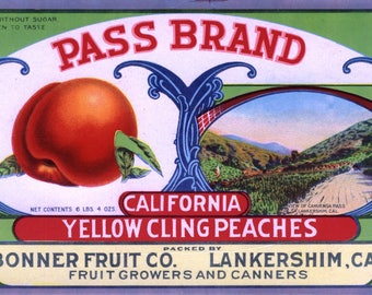Original vintage peach Crate Label 1919 Pass Brand San Fernando Valley North Hollywood Lankershim Cahuenga