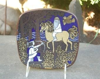 Joukahainen Shoots The Horse - Arabia of Finland 1982, Finnish Epic: the Kalevala, Annual Scandinavian Folklore Plate by Raija Uosikkinen