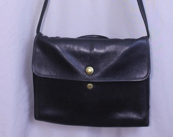 Rare  Find Coach Vintage Attache' Bag in Black