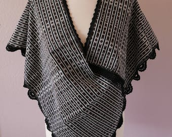 Mexican rebozo quechquemitl Tenancingo Black White shawl caplette scarf boho coverup Frida Kahlo Medium Large