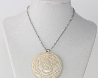 Cream Flower Necklace; Polymer Clay Necklace; Polymer Clay Pendant; Polymer Clay Jewelry; Gift For Her; Statement Necklace; Stocking Stuffer