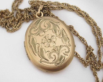 Antique Locket Necklace Gold Filled -- Romantic Victorian Style Engraved Jewelry
