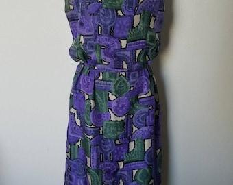 vintage 1950s 1960s novelty Greek revival silk shift dress small purple green