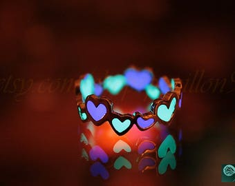 GLOW in the DARK 2 colors HEARTS ring