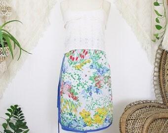70s Vintage Wrap Skirt, Reversible Novelty print Summer Midi skirt, Floral double-sided cotton wrap skirt, Small Medium 3103