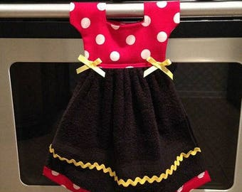 Disney Inspired Kitchen towel/ Minnie Mouse towel/ Kitchen towel/ Dish towel/ decrotive towel/ towel/ kitchen decor