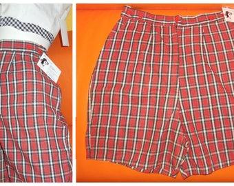 Vintage Women's Shorts 1950s Red Plaid Shorts Unworn Crisp Cotton Rockabilly Summer Pinup Shorts M waist 28 inches