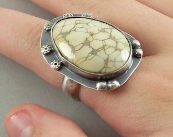 Variscite Ring - Sterling Silver & Creamy Nevada Variscite - Size 8
