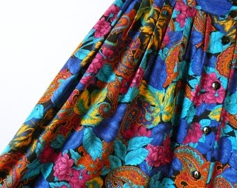 Jewel Tones Vintage Floral Skirt / Paisley Floral Gypsy Skirt / Button Down Bohemian Floral Skirt / 17 to 20 Waist