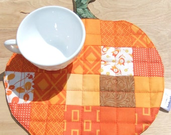 Quilted Pumpkin Mug Rug for your table, Pumpkin baby shower decoration, Patchwork quilted snack mat mini quilt Harvest Pumpkin Autumn decor