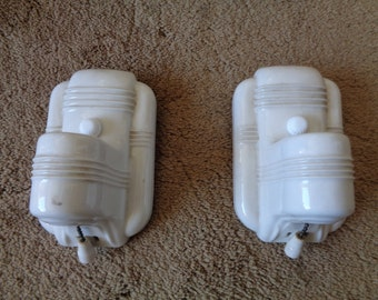 A Pair Vintage White Ceramic / Porcelain? Wall Sconces,Vintage Lighting,Bathroom  Sconces