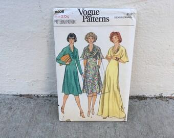 70's Vogue 9206 Pattern Misses' Half Size Dress // Size 20-1/2 Bust 43 Factory Folded FF