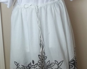 Black and white long cotton skirt