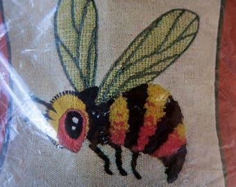"Elsa Williams Crewel Embroidery Kit Bumble Bee Pin Cushion Kit Vintage 7"" X 7"""