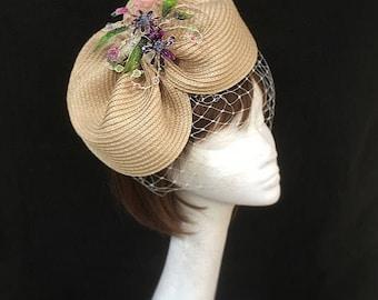 Cream hat, 1950s hat, veiled hat, wedding hat, cream hat, mother of the bride, vintage design