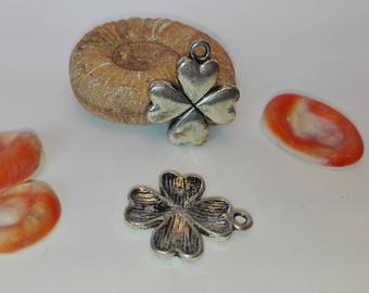"A charm, 21 * 17mm Tibetan silver pendant ""Clover"""