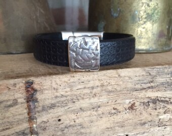 Rustic Black Embossed Leather Bracelet with Strong Magnetic Clasp