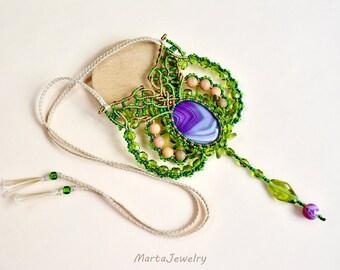 Agate necklace, purple green, gemstone, micro-macrame, macrame jewelry, beaded lace, beadwork, beadwoven, bohemian, boho chic, bib necklace