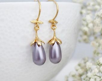 Mauve pearl earrings, Vintage earrings, Lavender bridesmaid earrings, Bridesmaid gift, Gold earrings, Sterling Silver earrings, Swarovski