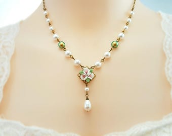 White Rose Necklace - Pearl Wedding Necklace - Swarovski Pearl Teardrop Necklace - Victorian Pearl Necklace - Floral Bridal Jewelry N4626
