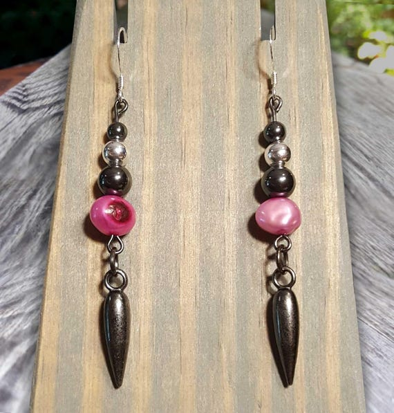 Irregular Pink Pearl Fight Night Earrings