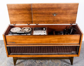 Mid Century Modern Stereo Console JVC Nivico 4tr 990 Radio Record Player Danish Zenith Telefunken Grundig Walnut Vintage FREE SHIPPING