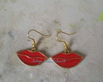 Red & Gold Lips Lipstick Kiss Charm Earrings on Gold Plated Earring Hooks. Costume, Make-up, Lipgloss, Love