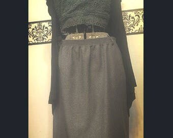 1980's Plus Size Pencil Skirt in Pencil Lead Grey by Alfred Dunner Size 18, Vintage Plus Size Grey Elastic Secretary Wiggle Skirt, Rockabill