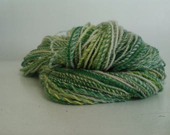 Corriedale Hand-spun wool yarn, Green, yellow and natural white, Sport #2, 2 skiens