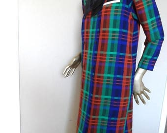 40% OFF Vintage 1960's Woven Wool Plaid Dress* Size Large .Blue, Green, Rust Plaid . Mandarin Collar . Double Breasted . Satin Bow. Bold Col