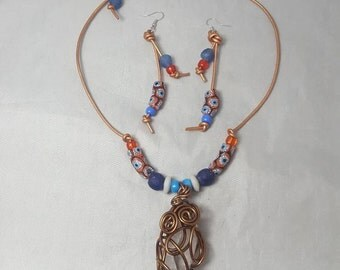 Krobo Beads Necklace, Afrocentric Necklace, Necklace and Earrings, Wire Necklace, African Glass Beads, Crystal, Statement Jewelry, Wire Art