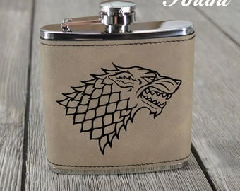 Game of Thrones Flask. Leather Flask. House Crest Flask. Stark. Targeryen. Lannister. GOT Flask. Game of Thrones Crests. Pocket Flask.
