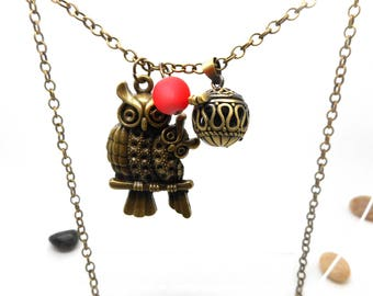 A scent! Necklace has perfume OWL pendant charms and co.