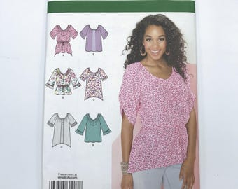 Simplicity 1915 Womens Plus Size Short Long Sleeve Tunics and Tops with Asymmetrical Hems Size 16 24 Uncut Sewing Pattern