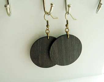 Black Bamboo Lightweight Circle earrings / Wood Disc earring / wood hoop / inspired by Joanna Gaines fixer upper / sustainable bamboo wood