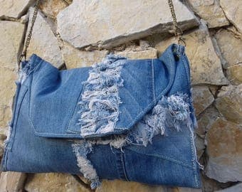 Jean chain removable pouch