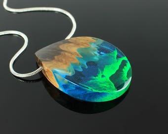 Aurora borealis necklace, Northern lights necklace, Mixed media necklace, Aurora borealis jewelry, Northern light, Aurora borealis