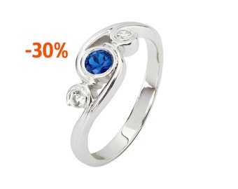 Sale! Sapphire and Diamond Ring. Sapphire Ring. Blue Sapphire Ring. Blue Sapphire Engagement Ring. Gemstone engagement ring.
