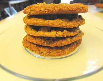 Oatmeal Raisin Cookies/homemade/oatmeal cookies/birthday/party/cookies/treats/sweets/dozen/