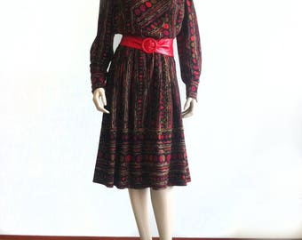 Vintage winter wool dress with abstract print
