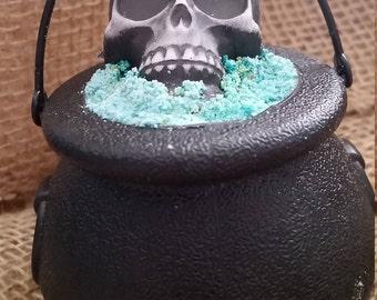 Bath Bomb, Halloween Bath Bomb, Bath Bomb Cauldron, Head Hunter Bath Bomb, Luxury Bath Bomb, FREE SHIPPING U.S.