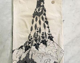 Vintage Aubrey Beardsley 1970s Art Fabric Pillow Cover Leaves