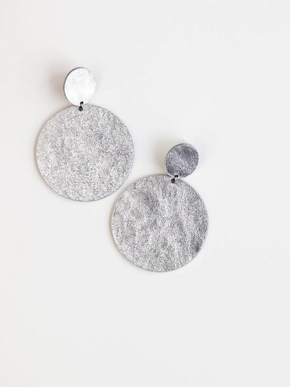 Large silver disc leather earrings- oversize silver drop earrings- minimalist geometric large statement earrings- large silver earrings
