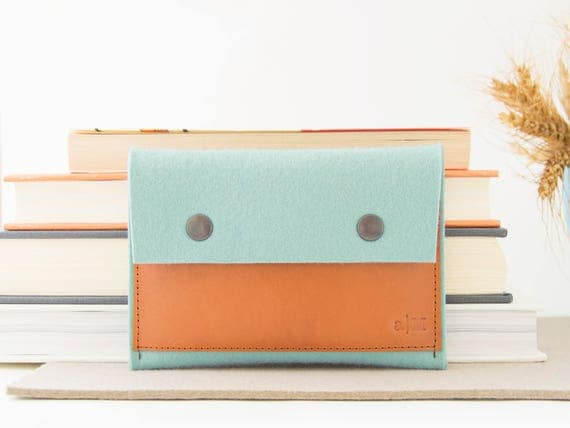 Felt and leather PASSPORT WALLET / passport case / passport cover / turquoise and tan / wool felt / handmade in Italy