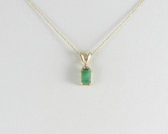 10k Yellow Gold Natural Emerald with Diamond Necklace chain 18 inch