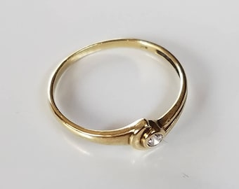 Vintage Gold Ring Gold Stacking Ring Cubic Zircon Ring Ladies Finger Ring Faux Diamond Ring Anniversary Ring Birthday Gift Vintage Jewelry